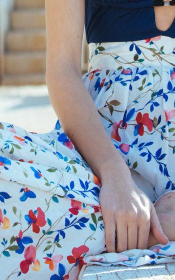 Jupe longue portefeuille blanche à fleur demi mesure made in France